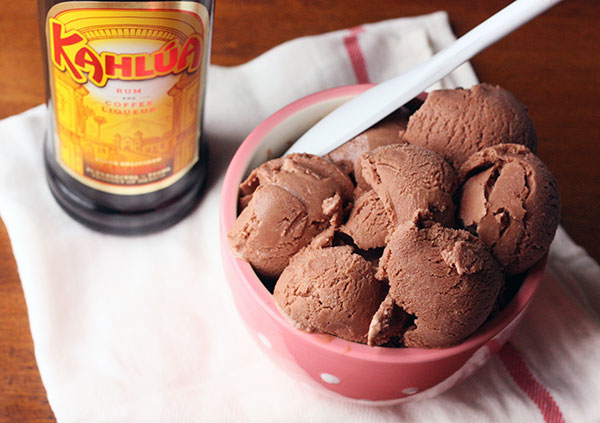 Chocolate and Kahlua Frozen Yogurt